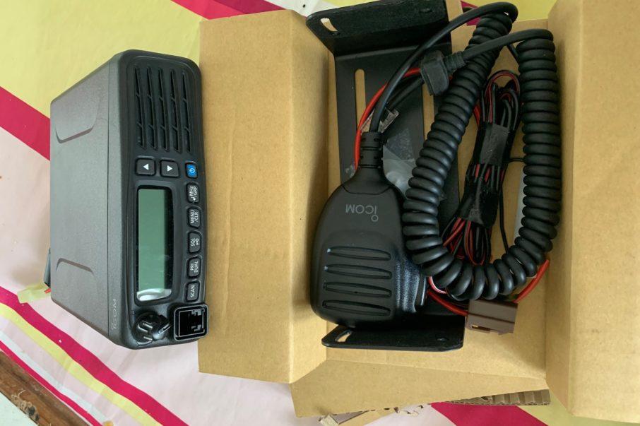 ffvp planeur RADIO ICOM PORTABLE 0
