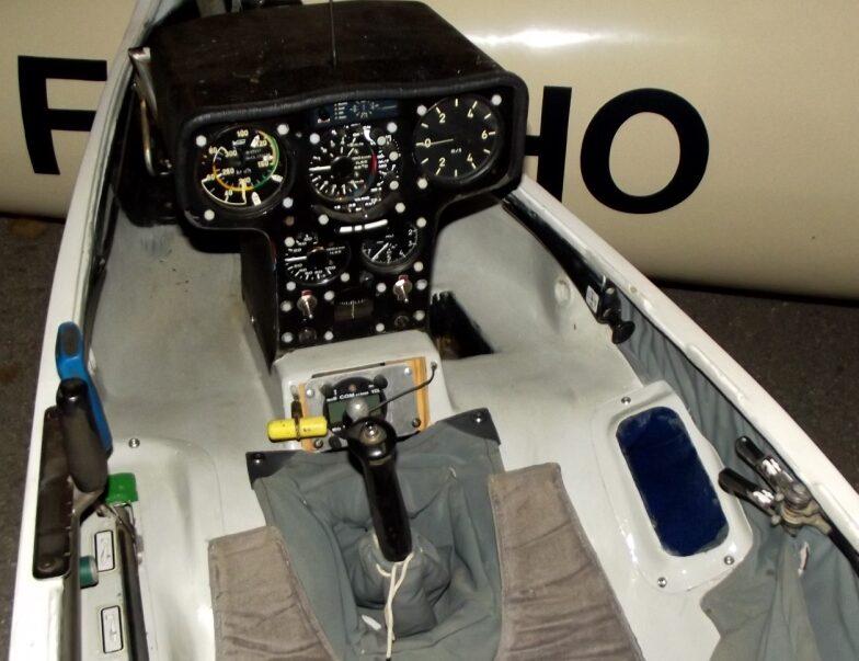 ffvp planeur DG200 15m avec remorque 1