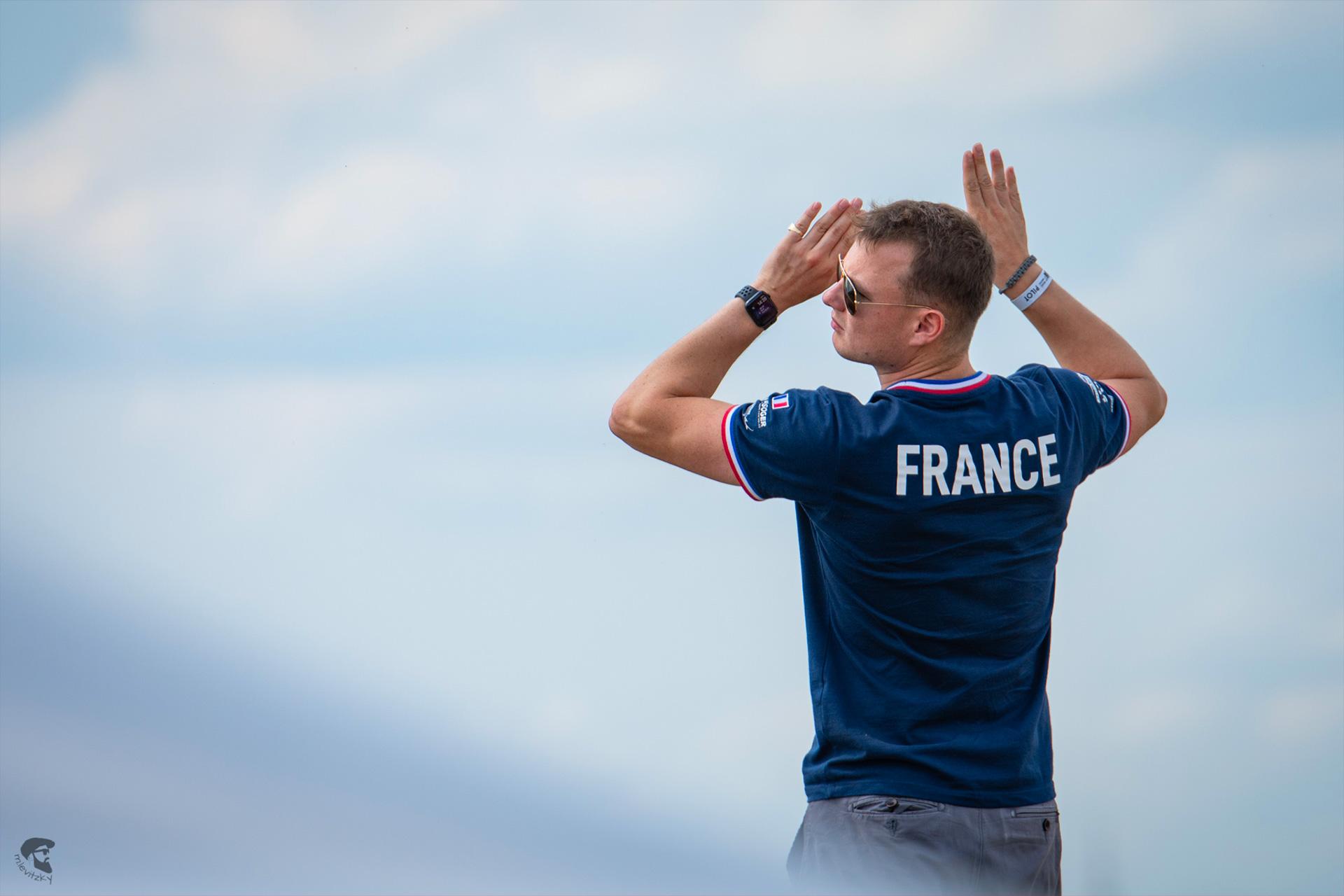 Charlie Levy-Louapre, champion du monde de voltige en planeur